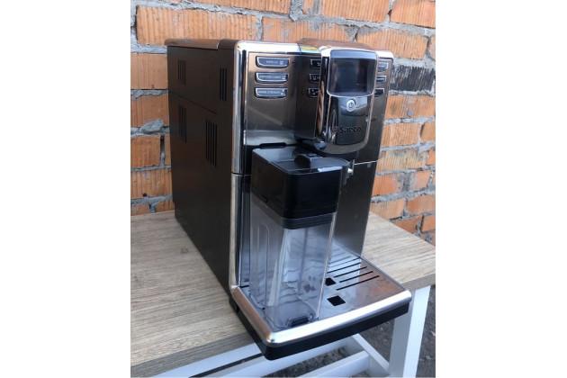 Кавоварка(кофемашина) Saeco Incanto